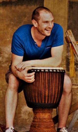 Nicolas Joqueviel, percussions africaines, djembe, doums - PercuSound